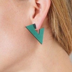 TRIANGULAR EARRINGS EMERALD...